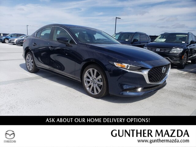 New 2020 Mazda3 w/Preferred Pkg